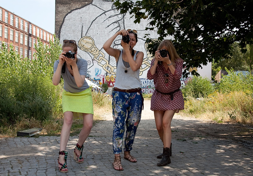 Learn to be the master of your camera and take real photos while exploring Berlin.